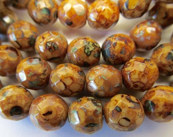 25 Czech Glass Fire Polished Beads in Mottled Carmel with Picasso Finish 8mm Size