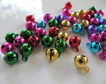 Jingle Bell Charms in Assorted Metallic Colors, Approx 9mm x 6mm, 50 Pieces, Christmas Holiday Crafts