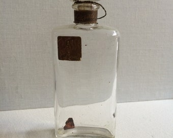 Beautiful Vintage Perfume Bottle with Glass Stopper Narcisse by Lazell