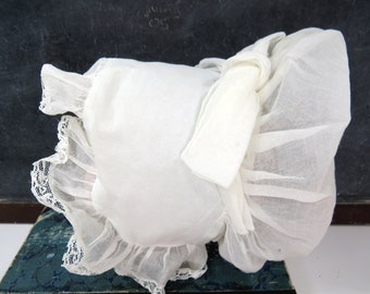 Vintage White Baby or Doll Bonnet, Organdy Bonnet for Christening, Wedding, Holidays, Doll Display Hat