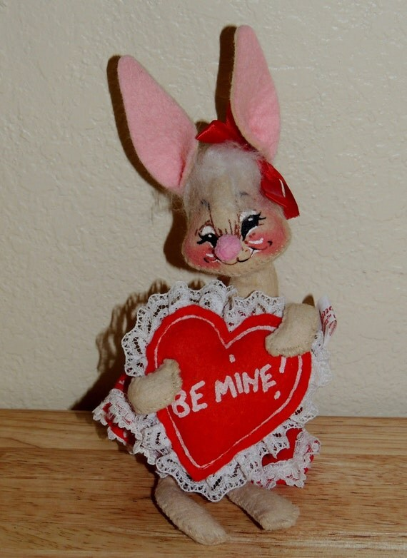Valentines Day Bunny Figurines And Shelf Sitters Easter
