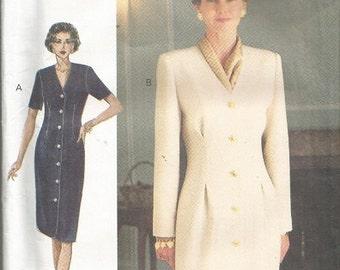 Vintage Vogue Woman 8902 Dress Pattern SZ 6-10