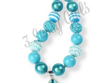 Little DIVA Crown Bubble Gum Necklace