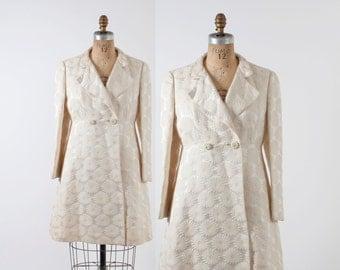 Vintage 60s JACKET / 1960s Mod DAISY Floral Brocade Ivory A-Line Jacket