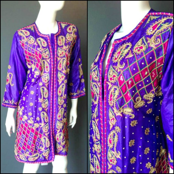 ViNtAgE 80s India Embroidered Dress Indian Gypsy Tunic Festival Caftan Top Boho Coachella Hippie Goddess Purple Embellished