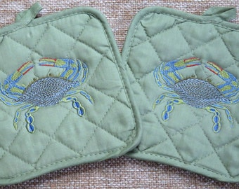Set of 2 GREEN Potholders with machine embroidered Blue Crab Hot Pad quilted Embroidery Nautical