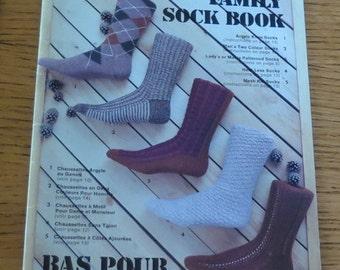 Book - Family Sock Book - Bas Pur La Famille Books