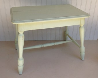 Small Vintage Table Repainted Shabby in Pale Green