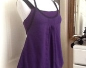 LULULEMON Authentic Vintage Lulu orig. Bubble Hem Workout Sport Top w/ shelf bra sz. 6 Black Grape