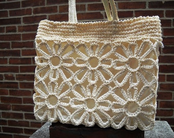 Macrame Purse So Cute and Clean