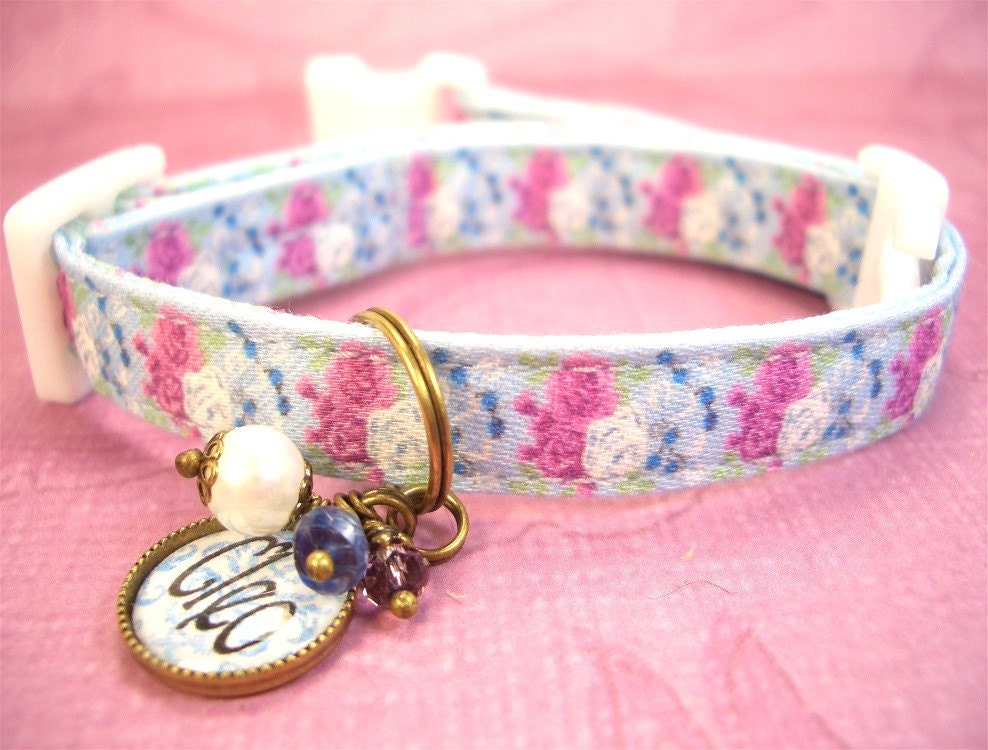safety cat collar mini dog collar breakaway collar. Black Bedroom Furniture Sets. Home Design Ideas