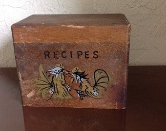 Vintage Hand Made Wood Recipe Box / Roosters // FL