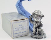 Vintage 1983 Signed Avon Benjamin J Bearington Fine Pewter Bear Hard at Work Collectible Figurine in Original Box NIB