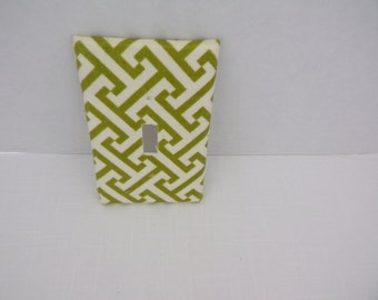 Green and White Geometric One Toggle Light Switchplate Cover