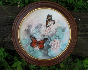 Lovely Monarch butterflies collectors  porcelain plate w walnut hanging frame