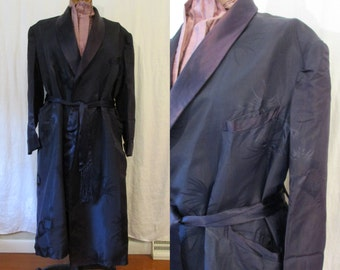 Men's Navy Dressing Gown / 1960s / large