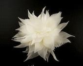 Pure Silk Wedding Flower Comb, Bridal Flower Comb, Wedding Floral Comb, Bridal Floral Comb, Wedding Hair Accessory, Bridal Hair Accessory