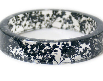 Bracelet - Jewelry with Real Flowers- Dried Flowers- Black Bracelet - Black Dried Flowers- Black Bracelet- Resin Jewelry