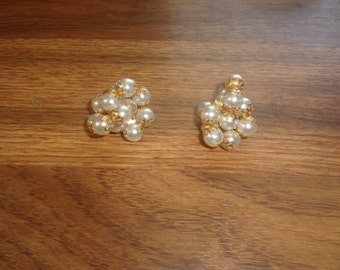 vintage clip on earrings faux pearl clusters