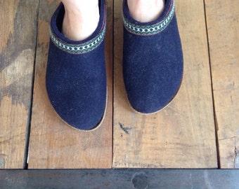 Vintage Wool Clogs Austria W 6