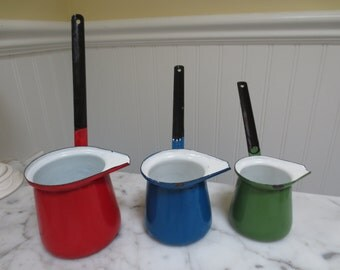 Mid Century Enameled Measuring Cups