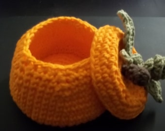 Small Pumpkin Basket/Bowl with Lid - Crochet – 100% Cotton