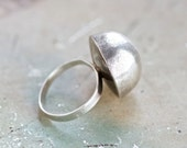 Sterling Silver Dome Ring - Space Age Design - Vintage Ring Size 7.5