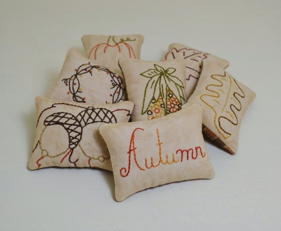 Decorative Pillows For Fall : Items similar to Autumn Decorative Pillows - Fall Leaves Bowl Fillers - Primitive Pumpkin Tucks ...