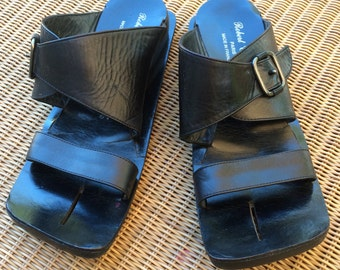 Robert Clergerie Open Toe Wedge Sandal in Black Size 7