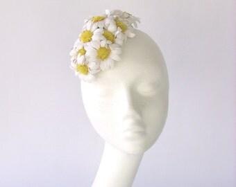 SUMMER DAISIES -  Fascinator straw daisies  flowers style vintage 1940 1950