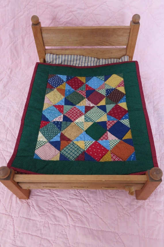 Little Quilt - Traditional Square in a Square pattern - Green