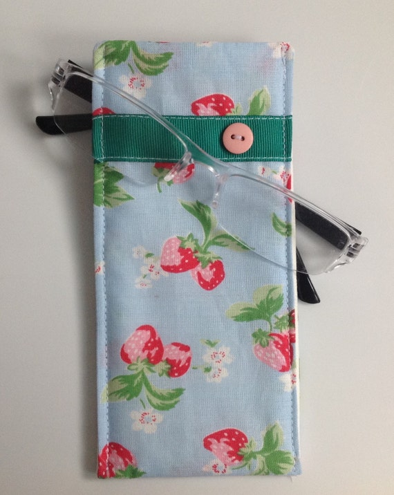 cath kidston stawberry fabric glasses case handmade in. Black Bedroom Furniture Sets. Home Design Ideas