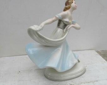 Art Deco Wien Keramos, Women Dancer Figurine, Austrian Porcelain, made in Austria, 1930s, Home Decor, Collectible Art