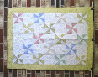 "Baby's First Quilt ""Pinwheels"""