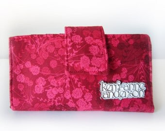 Women's Bifold Wallet Clutch Purse with Zip Pocket and Card Slots in Red Floral
