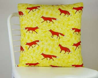 Decorative Pillow for Couch – Foxes