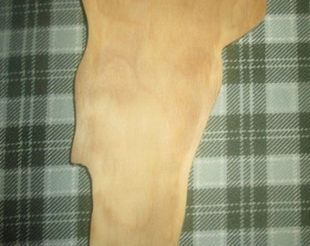 Hand Carved Small Sycamore Vermont Dish/trivet