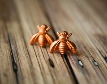 Bee Earrings in Raw Copper