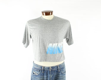 Vintage 80s NIKE Cropped T Shirt Screen Tee Short Sleeve Shirt Heather Gray Shirt 1980s Mens Womens Athletic Fashion Medium M