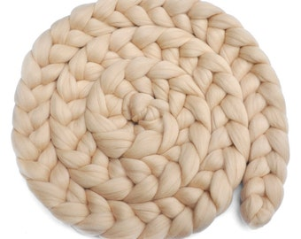 Newborn Photo Prop - Dyed Merino wool roving braid - Cockleshells - 8 ounces