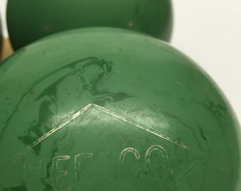 Candlepin Bowling Balls Heelco green marbled with case 4 balls