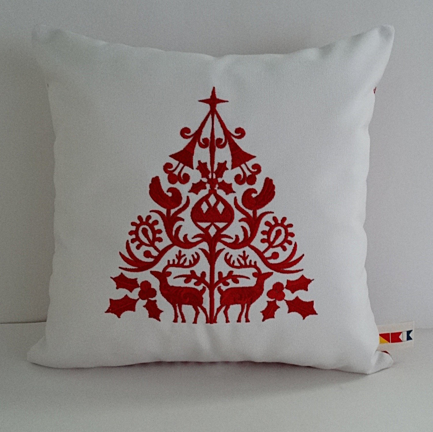 Scandinavian Christmas Pillow : SCANDINAVIAN CHRISTMAS TREE embroidered pillow cover 14