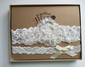 Wedding Garter in Lace, Ivory Ribbon Bow, Bridal Toss Garter
