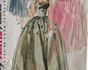 Vintage Sewing Pattern Simplicity Princess Bouffant Evening Gown  prom Dress in Two Lengths w/ Stole #4001  ©1952