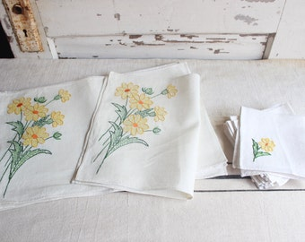 Vintage Embroidered Cross-stitched Yellow Flower Green Leaf Stem Linen Placemats Napkins