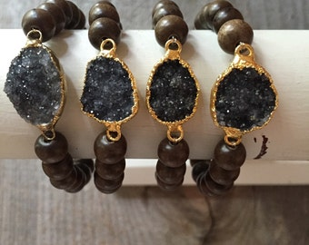 Dark gray black druzy drusy and gray wood stretch bracelet