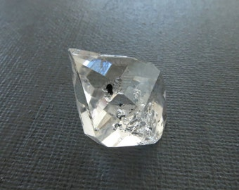 Herkimer Diamond Genuine from NY 1 Raw Crystal 22mm x 19mm / 30.5 Carats Natural Rough Stone from Upstate New York for Jewelry (Lot 9023)