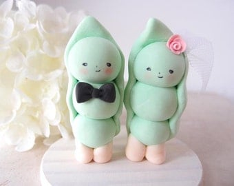 Custom Handmade Wedding Cake Toppers - Pea with base