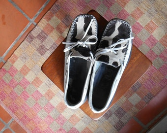 Vintage Mia white leather loafers with cowhide top funky hipster retro quirky urbane casual: 8 1/2 M