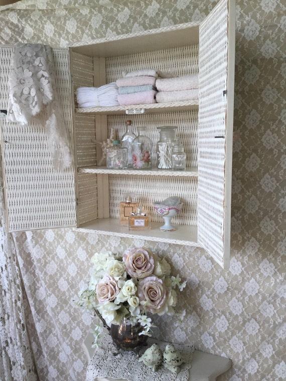 Petite cuisine petite armoire murale salle bain petite - Comment fabriquer une armoire murale ...